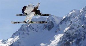 Henrik Harlaut under slopestylekvalet i OS.